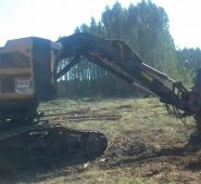 Feller CAT 522  Ano 2009 com 15000 horas todo revisado