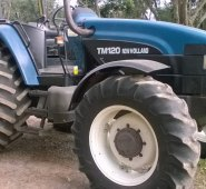 Trator New Holland TM120